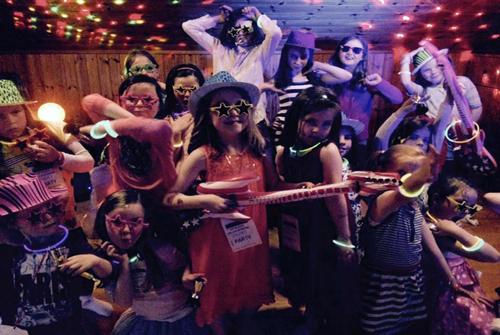 Kidisco Dance Parties For Cool Kids - Children's birthday parties galway