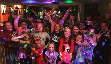 Kids disco birthday party, Disco party for kids, Zoom parties, Virtual kids parties, Online Dance Parties for kids